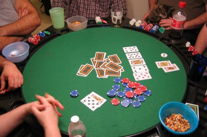 Poker-with-friends-play-online